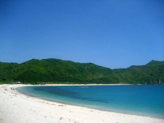 lengkung pantai yang sempurna